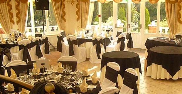 Fun Ideas For Black White Wedding Themes Elegant